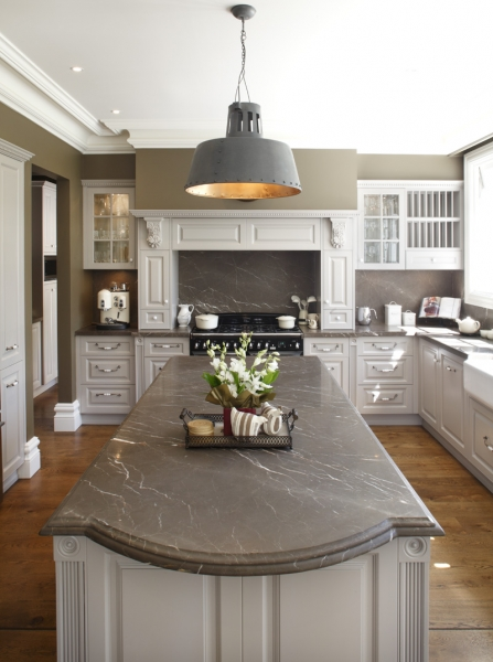 Provincial-Kitchen-1021