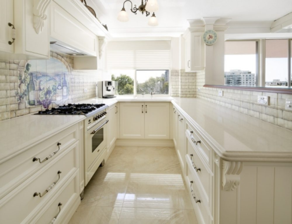 French Provincial Kitchen Styles, Where Glamour Meets Functionality.