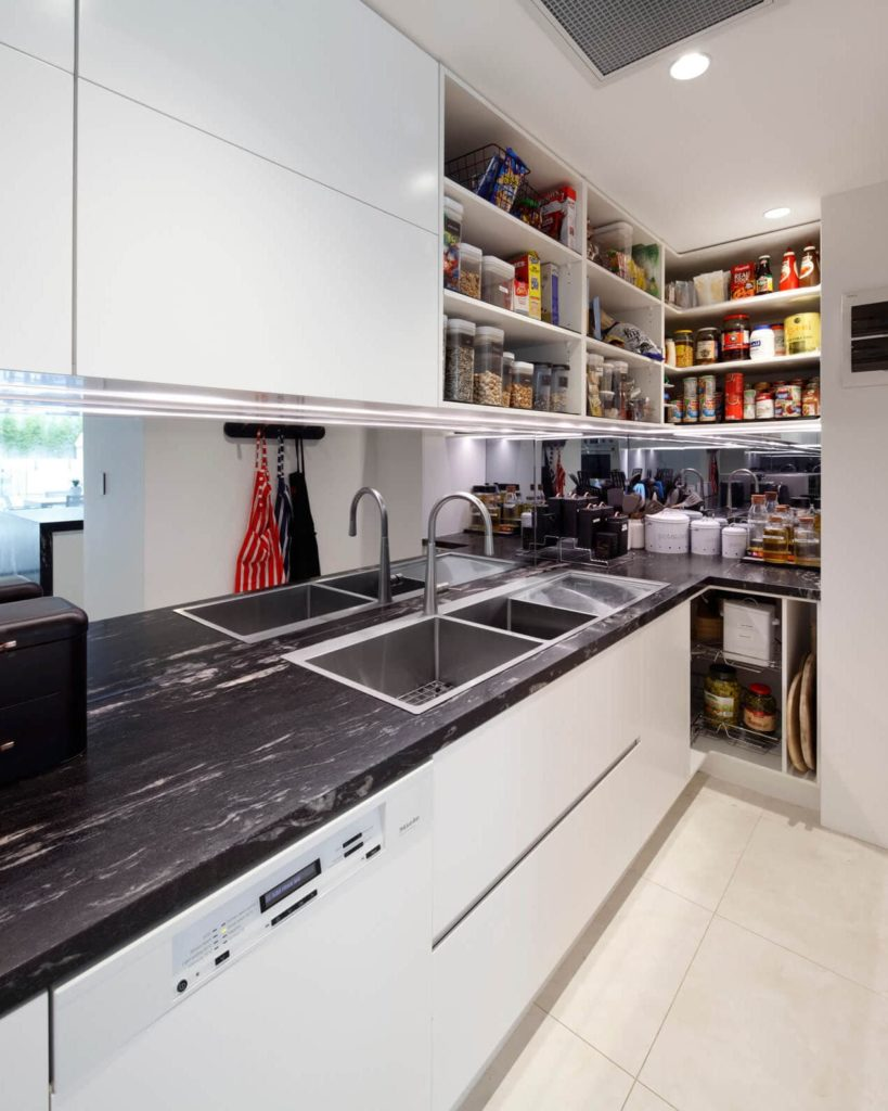 Keeping Kitchen Cupboards Clean