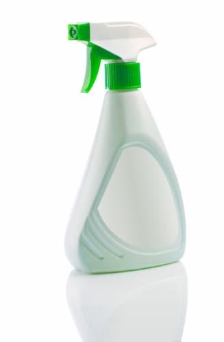 Using Vinegar to Clean a Kitchen