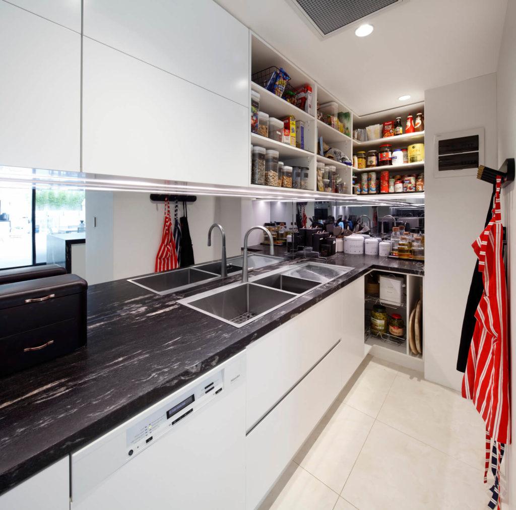 Characteristics of a Modern Kitchen Design | Wonderful ...