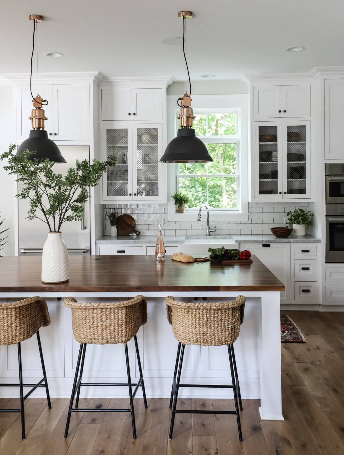 Farmhouse Style Lights in Kitchen